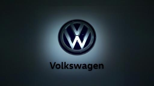 Prosecutors open pay probe into top VW worker rep