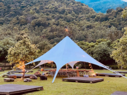 The singer previously went on a glamping trip with family and friends