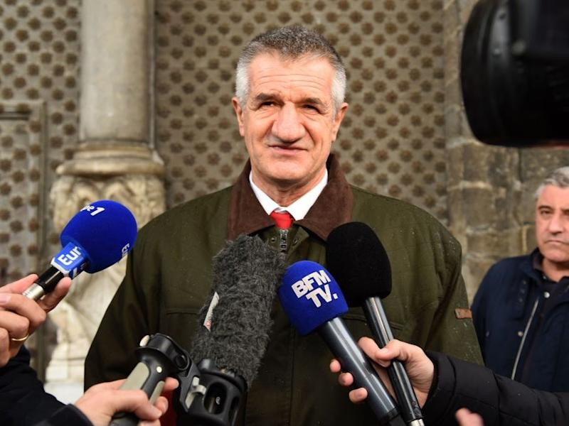 Jean Lassalle apologised for the hold up (AFP via Getty Images)