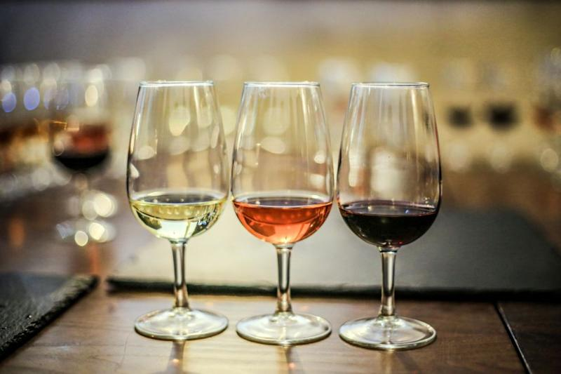 Expert says red wine should be chilled and white should be warmed. Photo: Getty