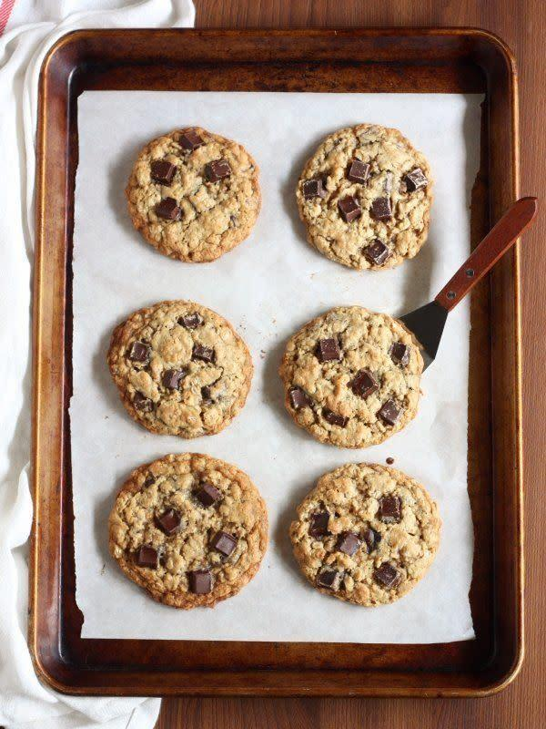 <strong>Get the <span>Oatmeal Chocolate Chunk Cookies recipe</span>from Completely Delicious</strong>