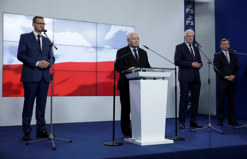 Poland's ruling nationalists cement new coalition deal