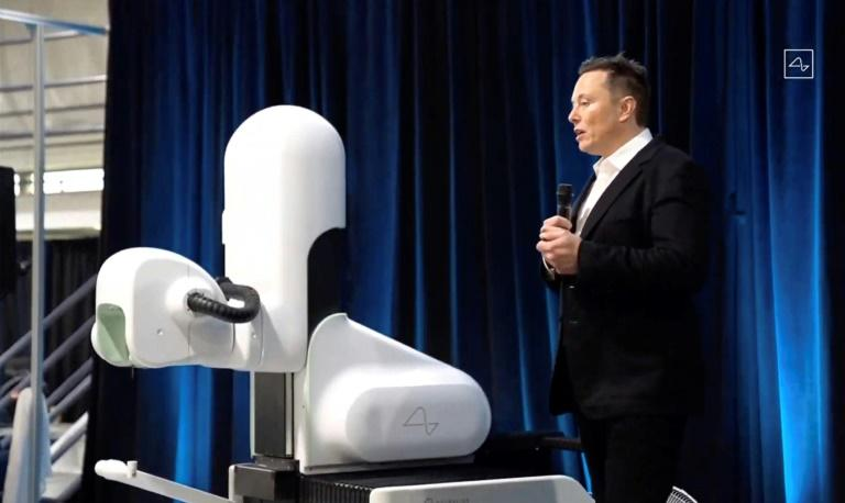 Musk shows off progress merging brains and machines