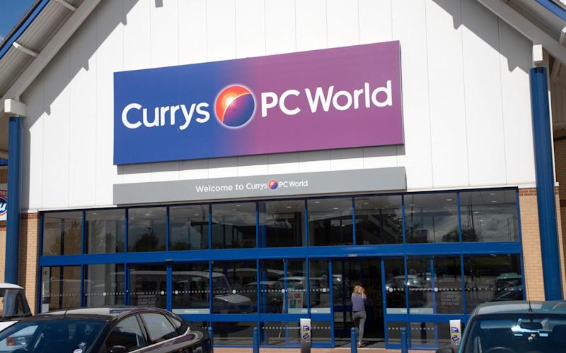 Set your Black Friday alarm for 11:59pm on November 28th – Currys PC World releases its best Black Friday deals at midnight - Universal Images Group Editorial