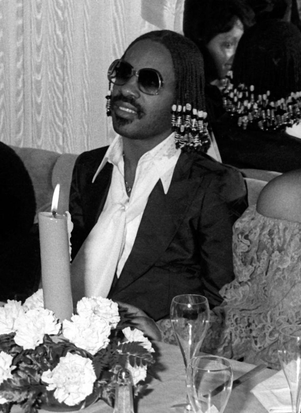 <p>Stevie Wonder attends New Year's Eve Party on December 31, 1977 at Giorgio's Restaurant in New York City.</p>