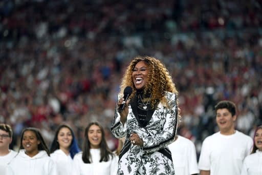 """Yolanda Adams performs """"America the Beautiful"""" during before the NFL Super Bowl 54 football game between the San Francisco 49ers and the Kansas City Chiefs Sunday, Feb. 2, 2020, in Miami Gardens, Fla. (AP Photo/David J. Phillip)"""