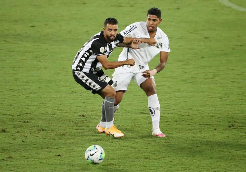 Santos dominate but can't score in 0-0 draw at Botafogo