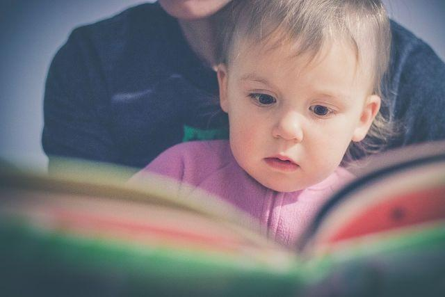 Why Buying Reading Books For Your Kid Should Be A Priority