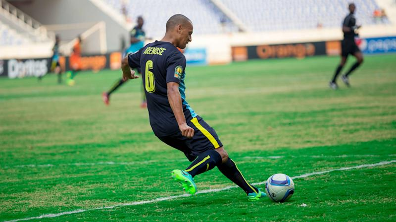 Mamelodi Sundowns eager to win PSL title and Nedbank Cup, says Wayne Arendse