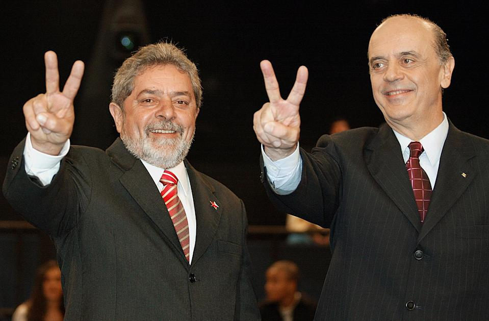 RIO DE JANEIRO, BRAZIL:  (FILE) Picture of candidates Luiz Inacio Lula da Silva (L) of the Worker's Party, and Jose Serra of the Social Democratic Party, taken 25 October 2002 in Rio de Janeiro, during their final debate prior to the Brazilian presidential elections. An August 18th-22th, 2005, survey indicated 48 percent of voters would back Jose Serra, the Social Democratic Sao Paulo mayor who was defeated by Lula in 2002, and only 39 percent would vote to re-elect the president. Although Lula has not been officially implicated in the corruption scandal involving bribery allegations against his Workers' Party (PT), his approval rating has been driven, according to poll results, below 50 percent - denting his chances at re-election.    AFP PHOTO/VANDERLEI ALMEIDA  (Photo credit should read VANDERLEI ALMEIDA/AFP via Getty Images)