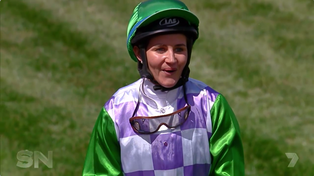 Katelyn trains with 2015 Cup winner Michelle Payne
