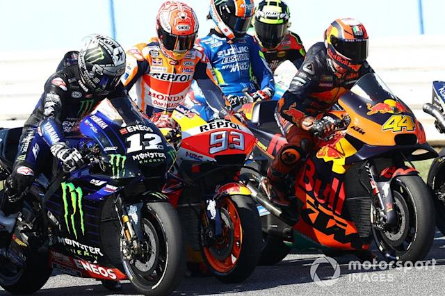 "Maverick Vinales, Yamaha Factory Racing, Marc Marquez, Repsol Honda Team, Pol Espargaro, Red Bull KTM Factory Racing <span class=""copyright"">Gold and Goose / LAT Images</span>"