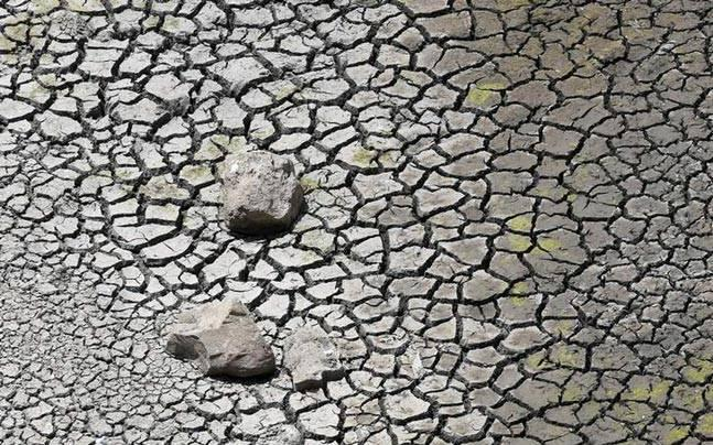 Centre releases over Rs 1,700 crore aid for drought-hit Tamil Nadu farmers