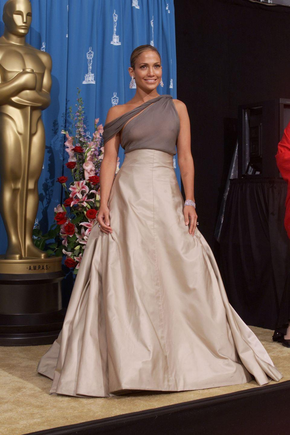 <p>The actress wore a two-tone one-shouldered dress for the prestigious film ceremony.</p>