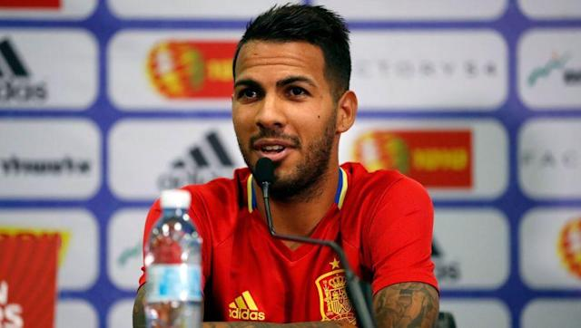 """uoan Las Palmas midfielder Jonathan Viera looks set to be the latest player to make the switch to the Chinese Super League, as Marca report a €25m fee has been agreed with Beijing Guoan. 2i-year-old Viera, who was linked with Swansea City, Newcastle United and Burnley and has one senior cap for the Spanish national team, looks set to agree a contract worth around €6m a year, after previously stating that he """"can not say no to the offer they are giving me."""" The talented midfielder originally..."""