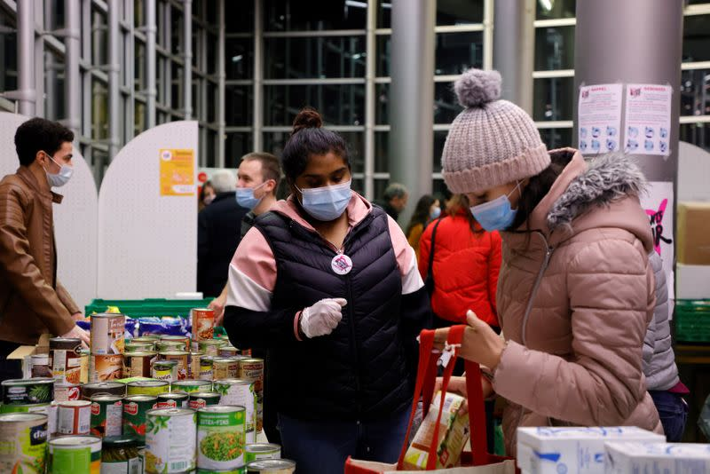 Students' hardships amid COVID-19 pandemic in Paris