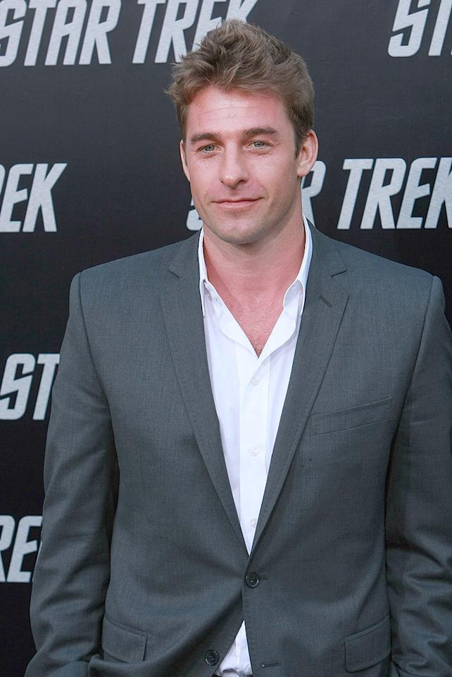 "<a href=""http://movies.yahoo.com/movie/contributor/1800354116"">Scott Speedman</a> at the Los Angeles premiere of <a href=""http://movies.yahoo.com/movie/1809752801/info"">Star Trek</a> - 04/30/2009"
