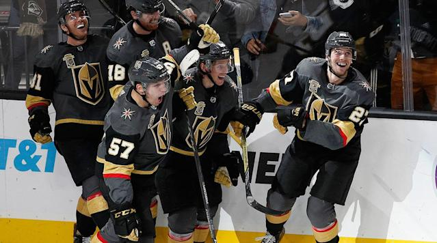 "The Vegas Golden Knights and <a class=""link rapid-noclick-resp"" href=""/nhl/teams/nyi/"" data-ylk=""slk:New York Islanders"">New York Islanders</a> have set a good example in using private funds, rather than public money, to fund arenas. (AP)"