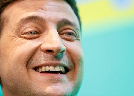 Ukrainian presidential candidate Volodymyr Zelenskiy reacts during a news conference at his campaign headquarters following a presidential election in Kiev, Ukraine April 21, 2019. REUTERS/Valentyn Ogirenko