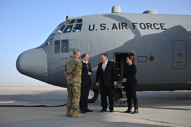US Secretary of State Mike Pompeo and his wife Susan arrive in Baghdad on January 9, 2019 (AFP Photo/Andrew CABALLERO-REYNOLDS)