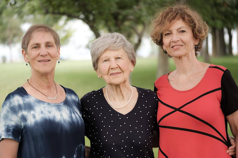 Eva Gelbman with her daughters Gabi Avni, left, and Kathy Benjamin, right. They are going to Auschwitz in occupied Poland for the commemoration ceremony on Jan. 27, 2020. (Photo: Pier-Adam Turcotte)