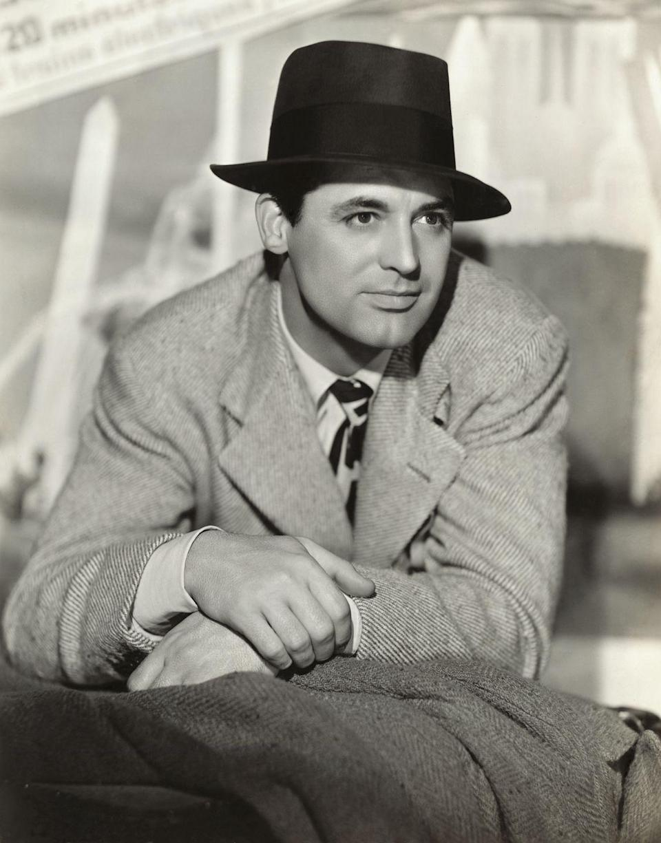 <p>Grant was part of the troupe for two years, when he joined them on a tour of the United States in 1920. After the tour, Grant decided to stay in New York City and pursue acting.</p>