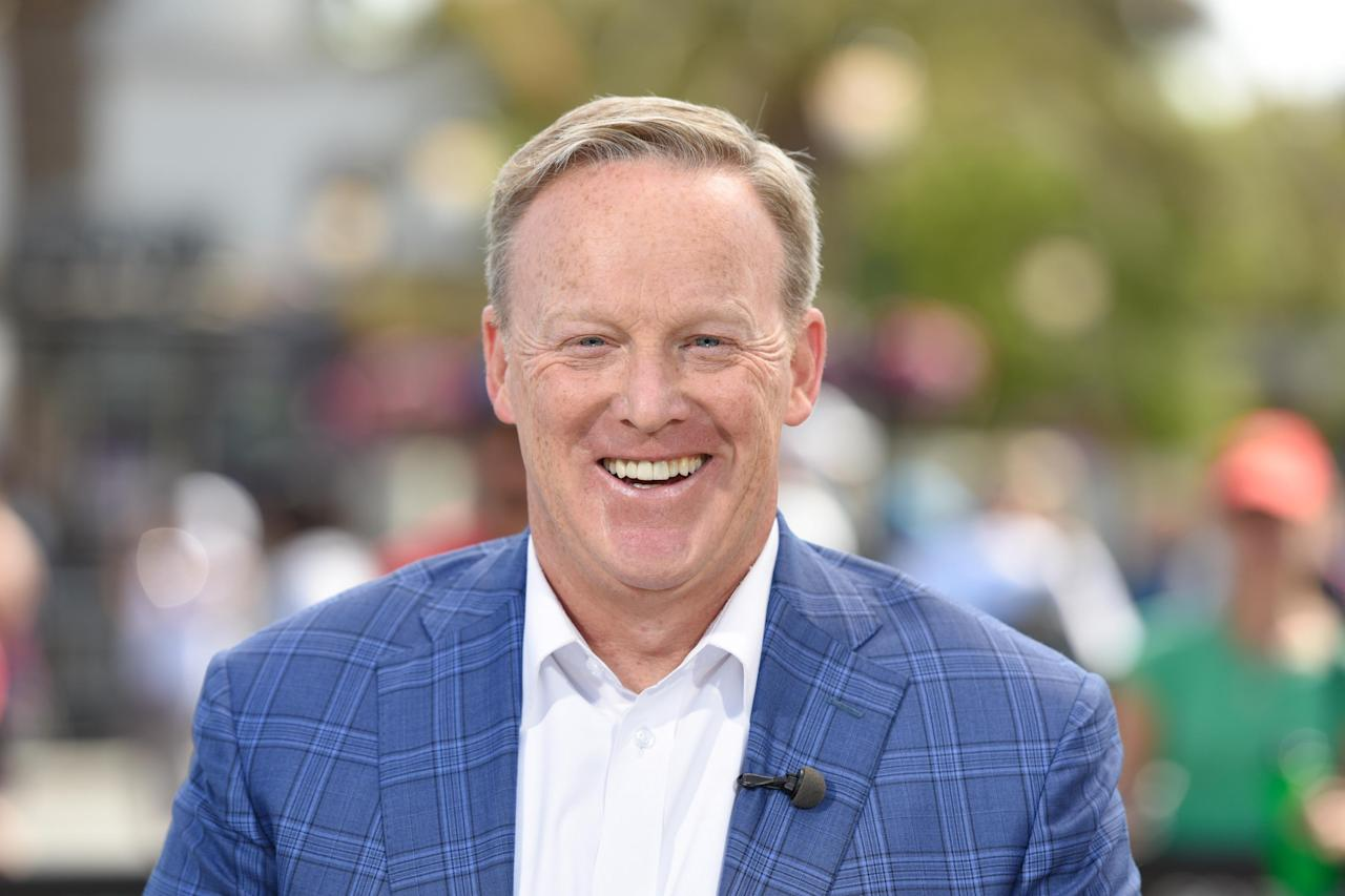 Sean Spicer previews his 'Dancing with the Stars' dance moves on 'Fox & Friends'