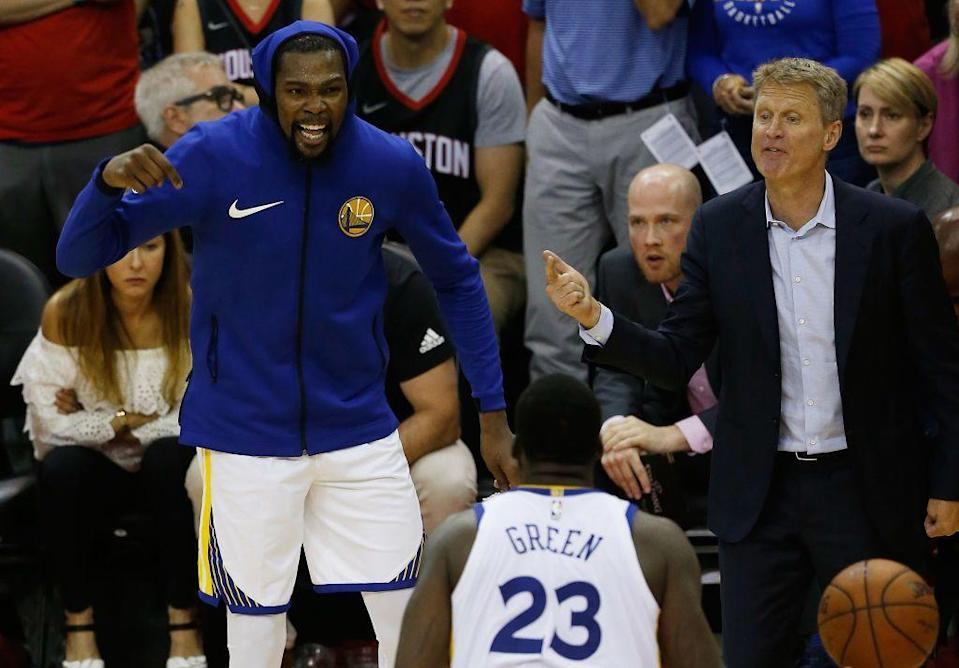 Golden State Warriors coach Steve Kerr has found himself at the center of drama concerning Kevin Durant and Draymond Green in recent weeks. (Getty Images)