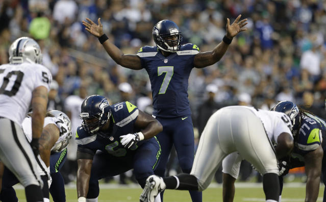 "Former <a class=""link rapid-noclick-resp"" href=""/nfl/teams/seattle/"" data-ylk=""slk:Seattle Seahawks"">Seattle Seahawks</a> quarterback Tarvaris Jackson died Sunday in a car crash. He was 36. (AP Photo/Elaine Thompson)"