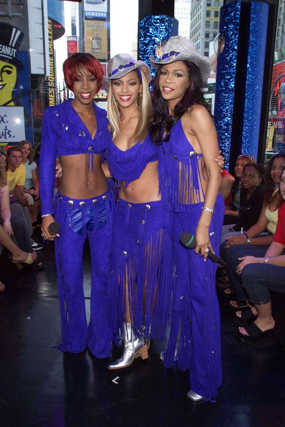 <p>Behold: The Queens of the coordinated outfits. As for why Kelly Rowland performed sans glittery cowboy hat, the jury's still out on that one. </p>