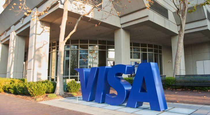 3 Reasons Visa Stock Remains a Solid Bet for Income Investors