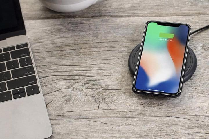 the best wireless phone chargers for your iphone or android. Black Bedroom Furniture Sets. Home Design Ideas