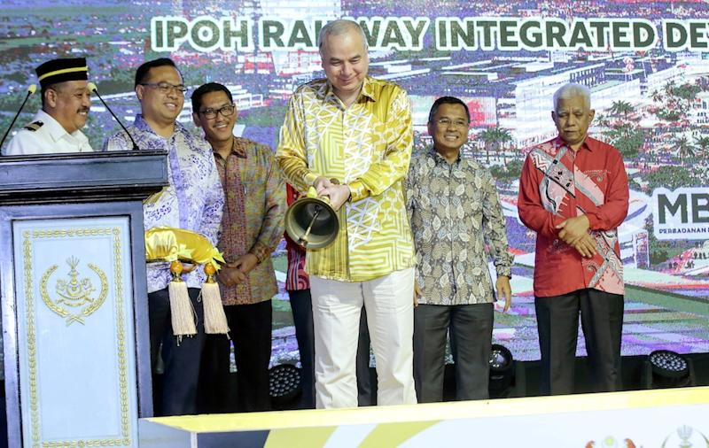 Sultan of Perak Sultan Nazrin Shah launches the Electric Train Service 2 (ETS2) and the Integrated Development of Ipoh Train Station project in Ipoh October 10, 2019. — Picture by Farhan Najib