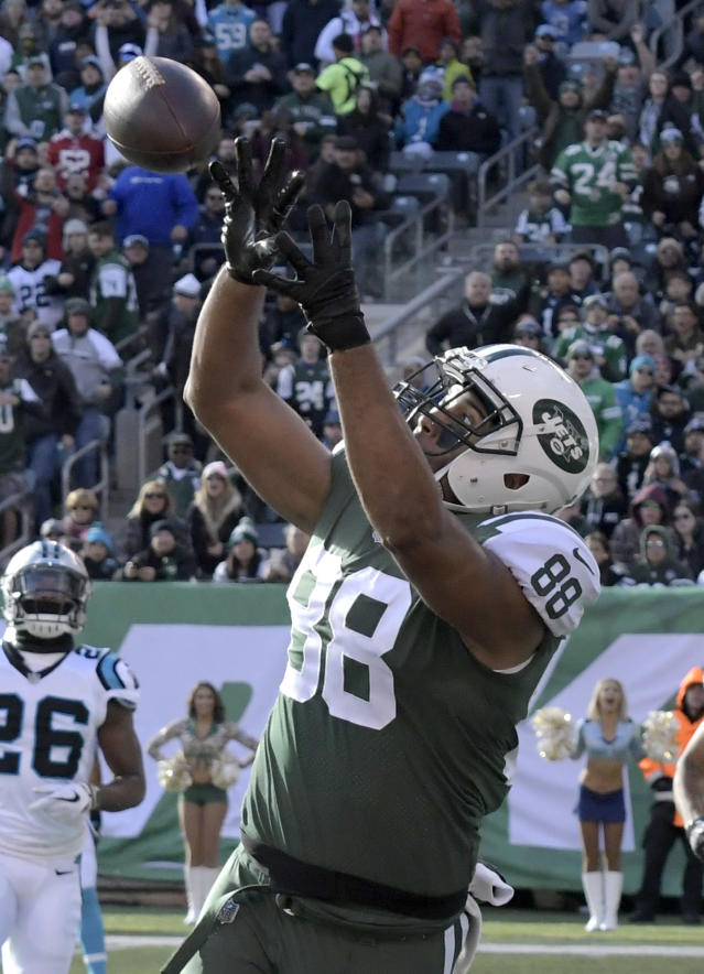 The 25-year-old Seferian-Jenkins credits his work in a detox center to treat his alcohol addiction for much of his success last season. (AP)