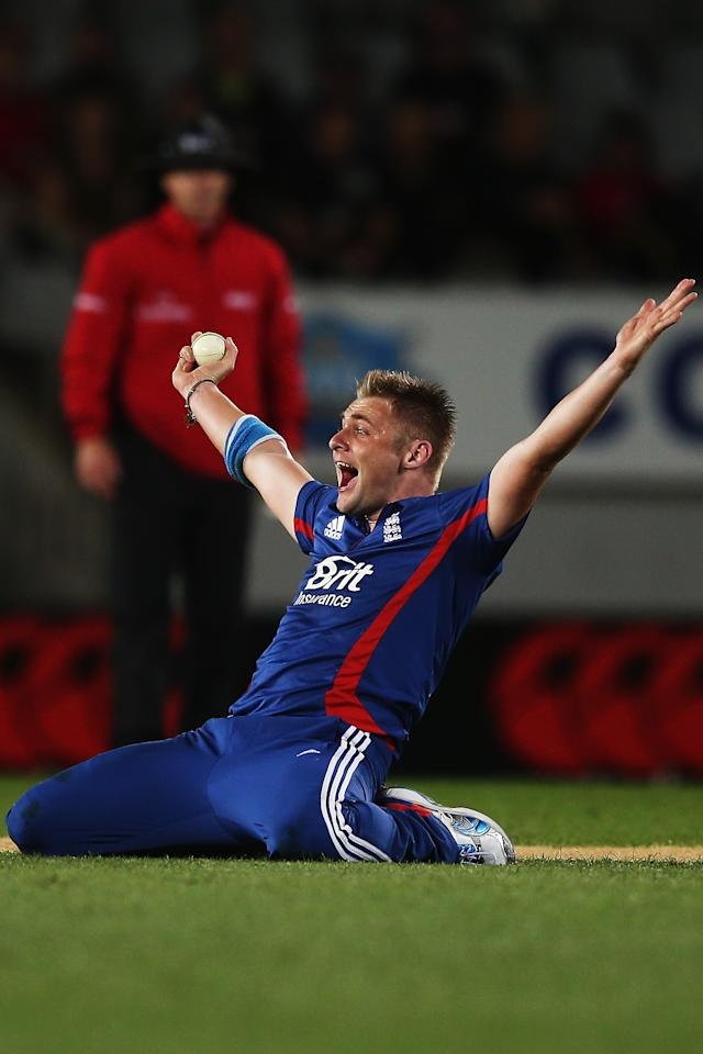 AUCKLAND, NEW ZEALAND - FEBRUARY 09:  Luke Wright of England unsucessfully appeals for a wicket during the 1st T20 International between New Zealand and England at Eden Park on February 9, 2013 in Auckland, New Zealand.  (Photo by Hannah Johnston/Getty Images)