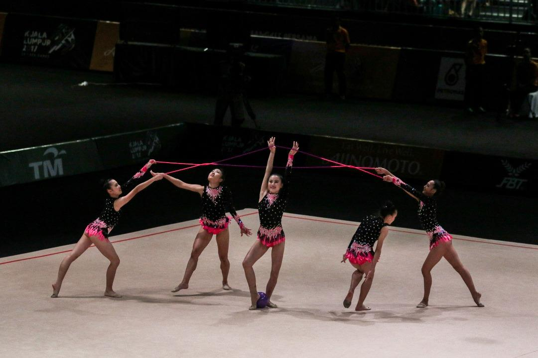 <p>Vietnam competes at the SEA Games rhythmic gymnastics mixed apparatus competition on 28 Aug 2017. Photos: Fadza Ishak/Yahoo News Singapore </p>
