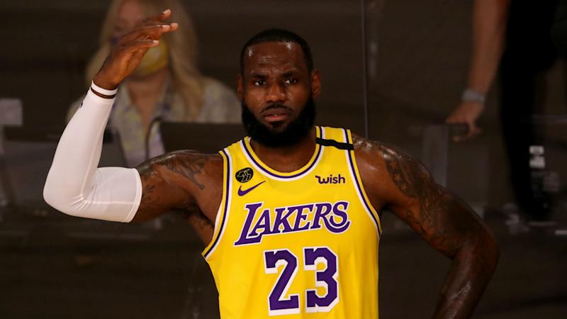 LeBron James proves in Lakers' win over Clippers that he can still be one of NBA's best defenders