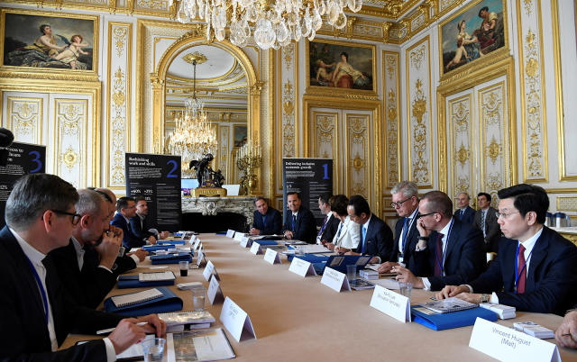 Several world leaders and tech bosses gather at a