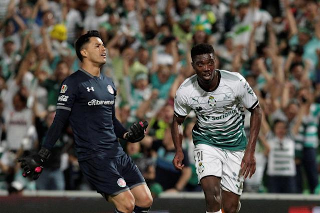 Football Soccer - Mexican First Division Final First Leg - Santos Laguna v Toluca - TSM Corona stadium, Torreon, Mexico May 17, 2018. Jorge Djaniny of Santos Laguna celebrates his goal. REUTERS/Daniel Becerril