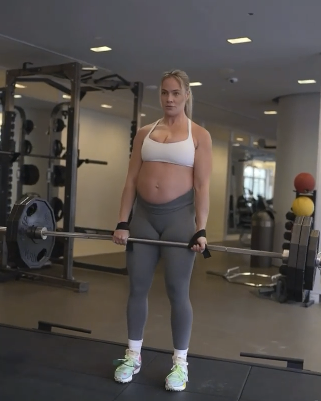 In another post Yanyah attempts to remind women they can workout while pregnant if they're cleared by their doctor. Photo: Instagram/Yanyah Milutinović