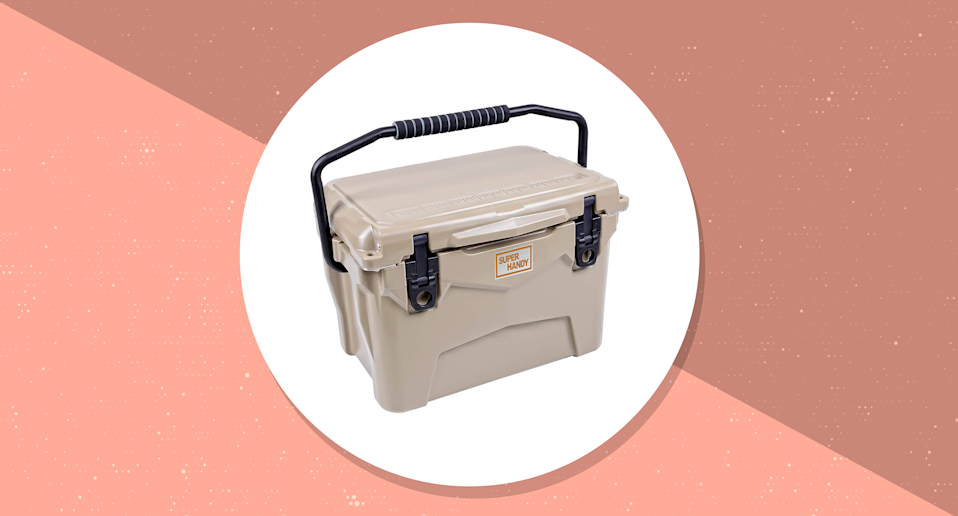 This is a 20QT/8.9L ice cooler. (Photo: Amazon/Yahoo Lifestyle)