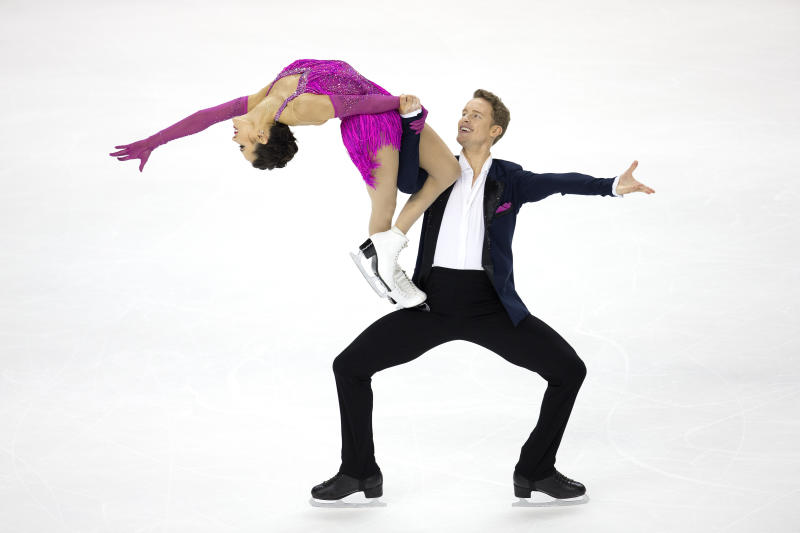 Madison Chock and Evan Bates compete in the senior rhythm dance short program at the U.S. Figure Skating Championships, Friday, Jan. 24, 2020, in Greensboro, N.C. (AP Photo/Lynn Hey)