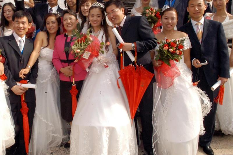 Boom 'post-covid' di matrimoni in massa in Cina
