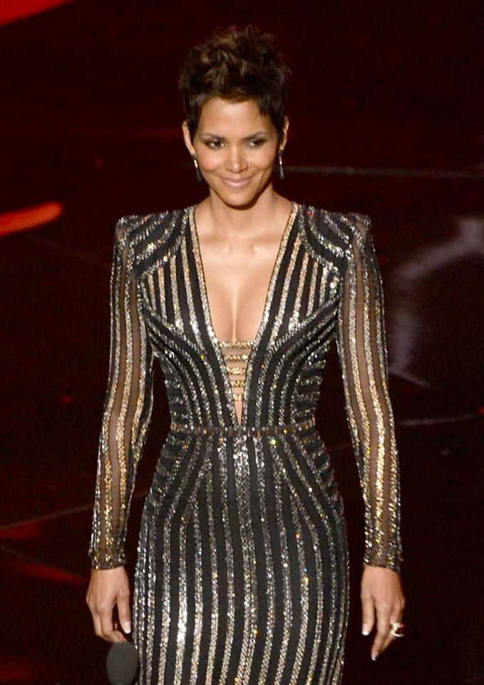 HOLLYWOOD, CA - FEBRUARY 24:  Actress Halle Berry presents onstage during the Oscars held at the Dolby Theatre on February 24, 2013 in Hollywood, California.  (Photo by Kevin Winter/Getty Images)