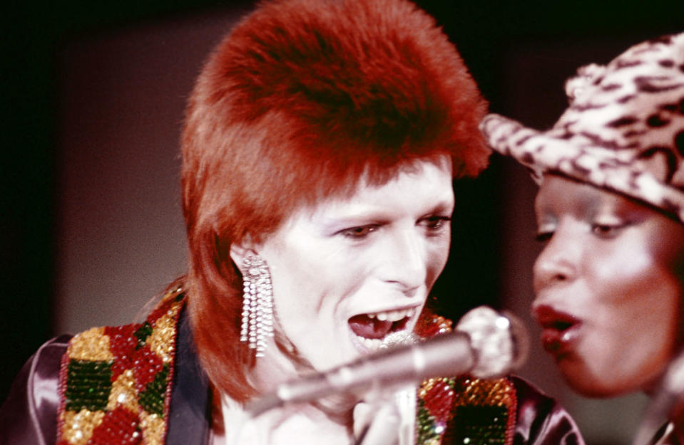 "MIDNIGHT SPECIAL -- ""The 1980 Floor Show staring David Bowie"" Episode 210 -- Aired: 11/16/73 -- Pictured: (l-r) David Bowie, Ava Cherry during his last show as Ziggy Stardust filmed mostly at The Marquee Club in London, England from October 18-20, 1973 -- Photo by: NBC/NBCU Photo Bank"