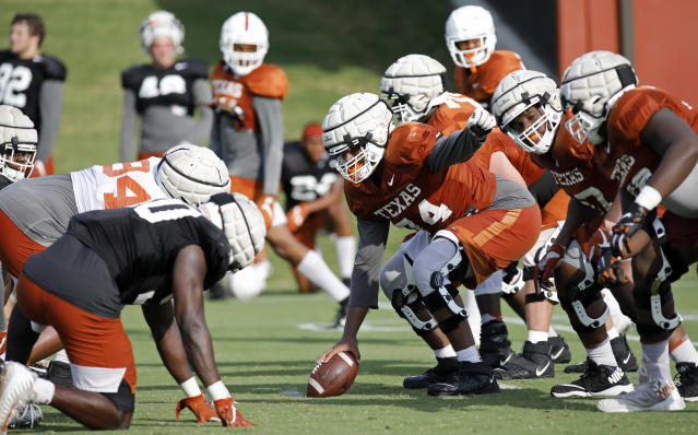 Members of the Texas Longhorns football team practice Wednesday Sept. 4, 2019 in Austin, Tx. ( Photo by Edward A. Ornelas )