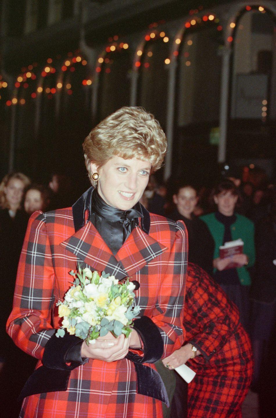 <p>Princess Diana turns on the Christmas lights in Bond Street, Central London.</p>