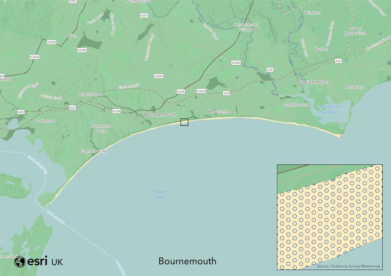 How people might keep their distance on Bournemouth beach - ESRI UK