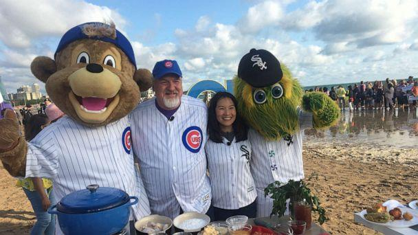 PHOTO: Chef Art Smith and Beverly Kim with the two Chicago MLB mascots. (ABC News)