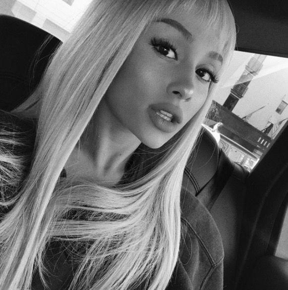 <p>First she went silver, now she's added a micro fringe, could Ariana Grande be having a Gwent Stefani image revamp? If so, we're totally on board. And so is the man and hairstylist responsible for the singer's new look, Chris Appleton, who posted a pic of Grande's superhero-esque bangs captioned, 'How cute are these bangs! ✂️✂️✂️ '. Answer - super cute.</p>